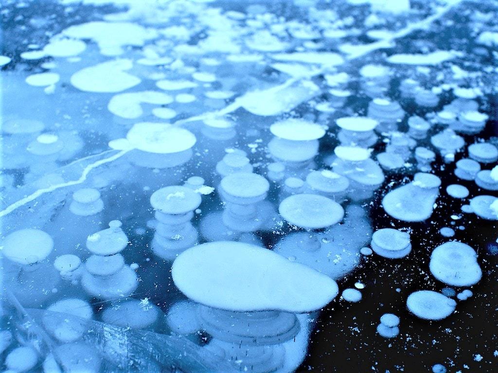 糠平湖アイスバブル